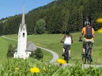 Pedalando alla scoperta delle Dolomiti
