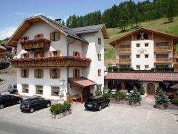 Dolomites Hotel La Fradora *** s