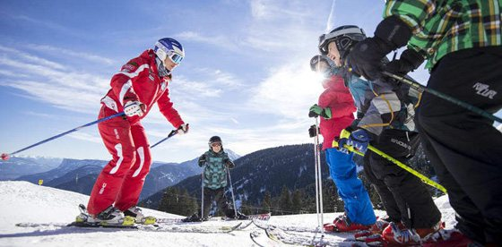 Family Weeks con corso di sci per bambini