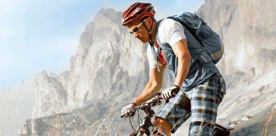 In bicicletta sulle Dolomiti