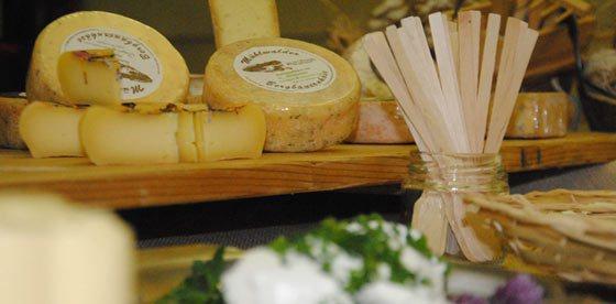 """""""Dal latte al formaggio e yogurt"""" in Valle Aurina"""